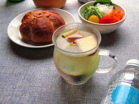 玉肌シリカ天然水でフレーバーウォーター ぶどう&林檎&キウイ&レモン